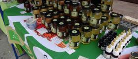 00_Puestos de venta_miel-y-vegetales-2